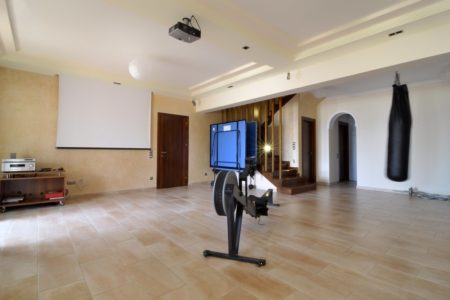Workout area in villa Aeolos