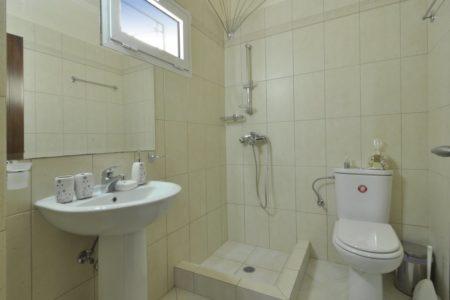 Villa aeolos bathroom