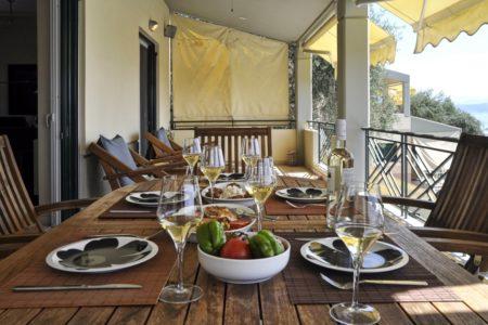 Dining Area in Villa aeolos balcony