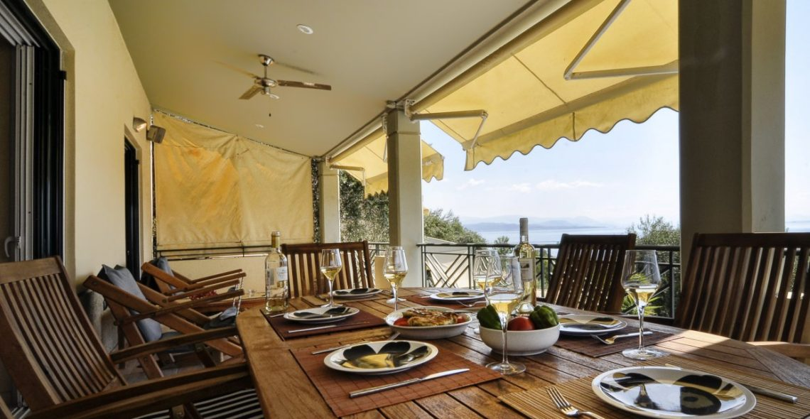 Dining area in Villa Aeolos balcony
