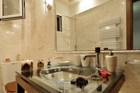 Villa aeolos in Corfu bathroom
