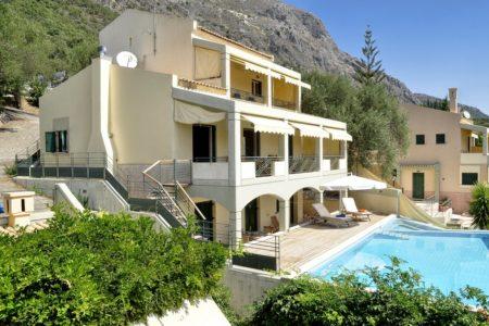 Aeolos villa in corfu side view