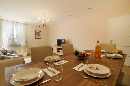 Common living and dining area